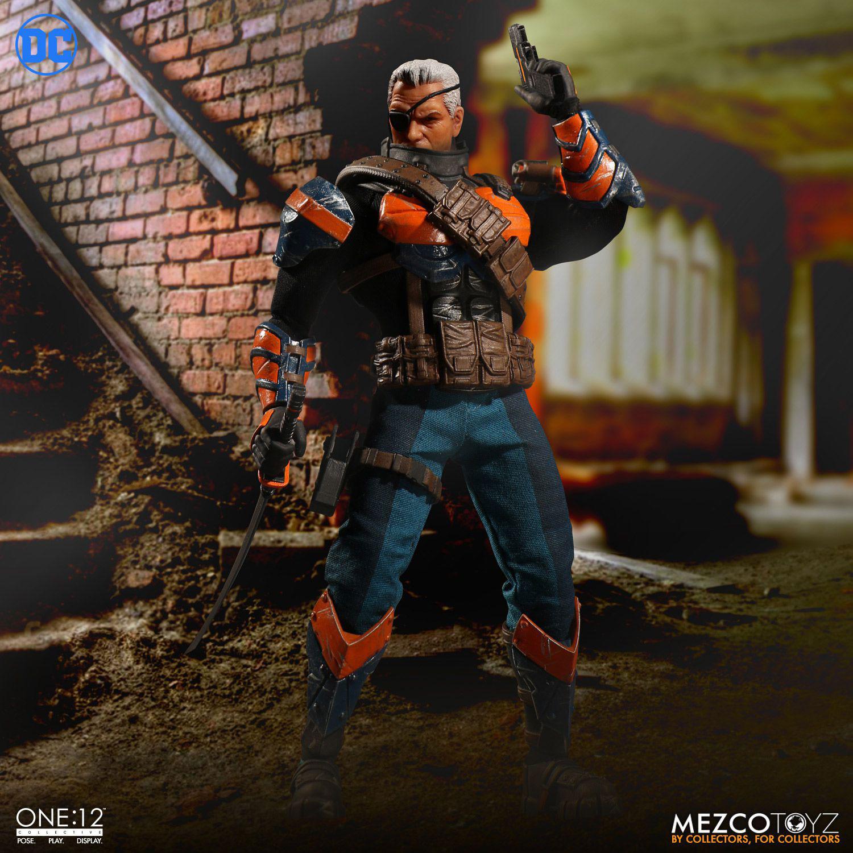 deathstroke-mezco-one-12-action-figure-7