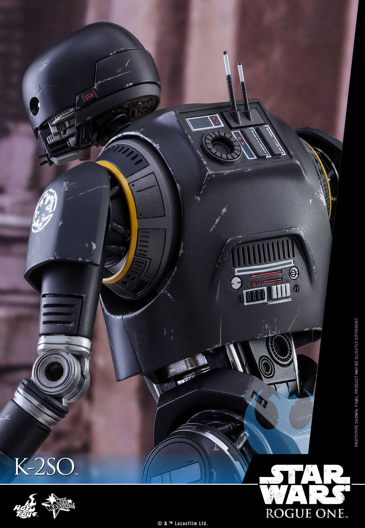 hot-toys-star-wars-rogue-one-K-2SO-figure-5