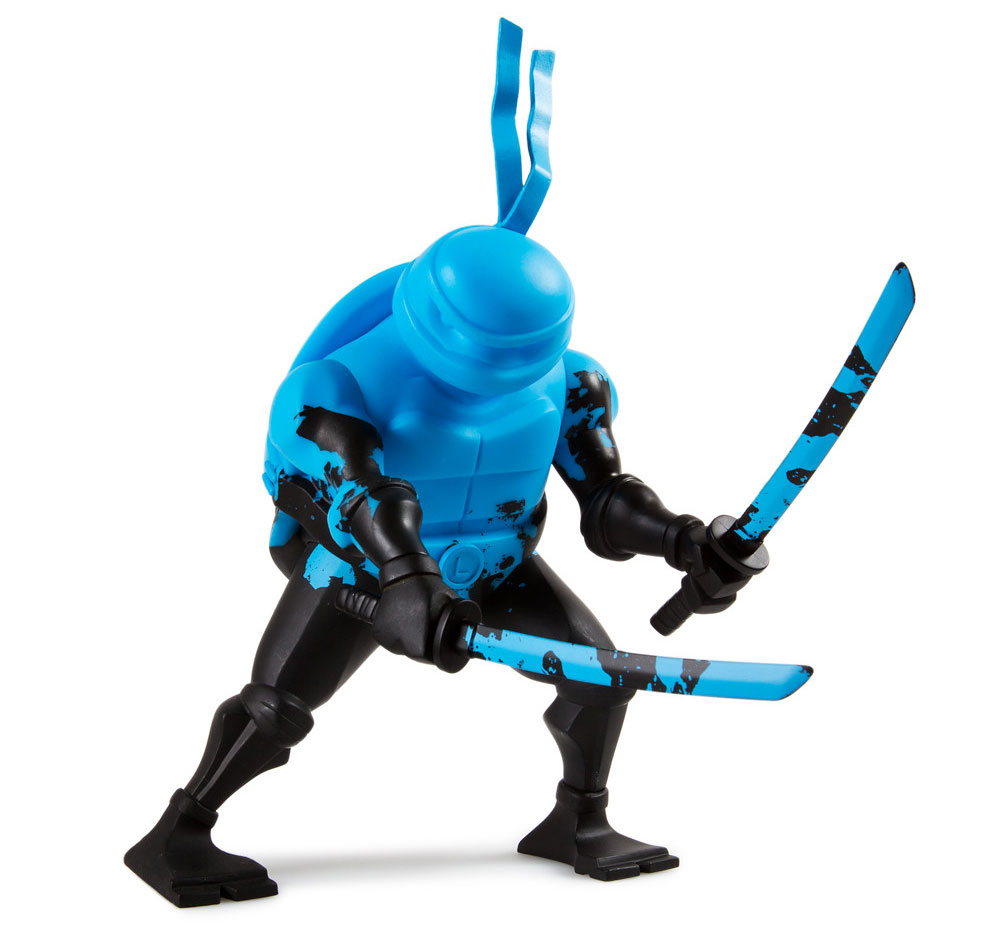 kidrobot-tmnt-leonardo-medium-figure-2