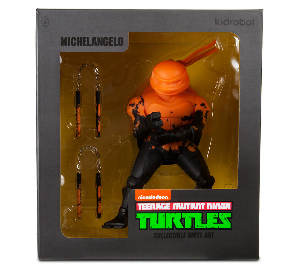 kidrobot-tmnt-michelangelo-medium-figure-3