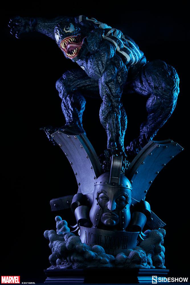 sideshow-venum-premium-format-figure-statue-3