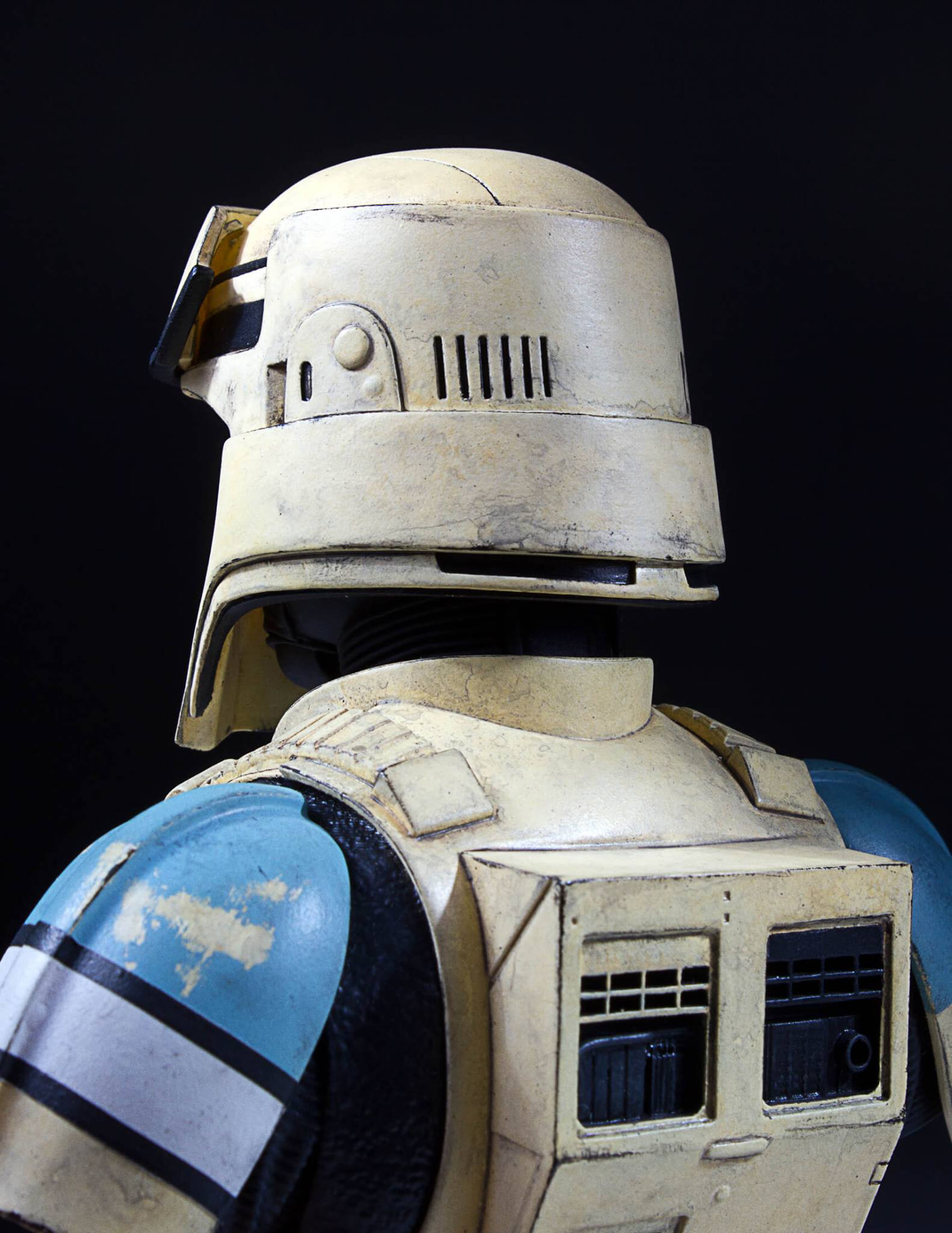 star-wars-rogue-one-shoretrooper-bust-statue-gentle-giant-6