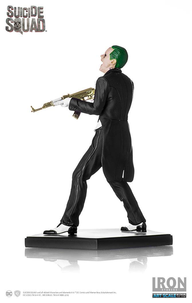 suicide-squad-the-joker-statue-iron-studios-5