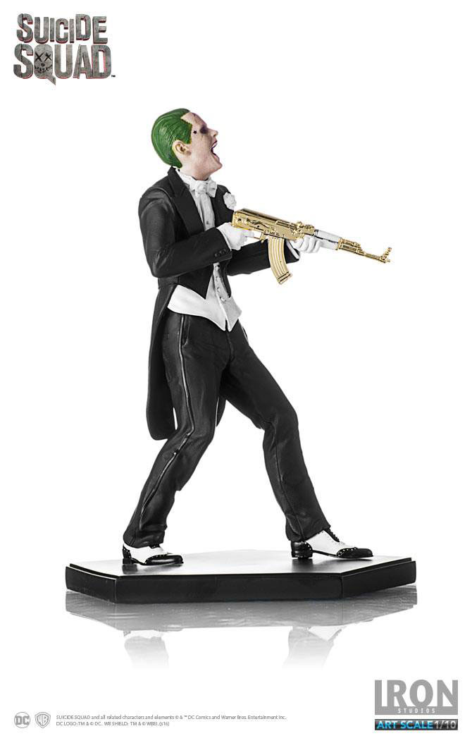 suicide-squad-the-joker-statue-iron-studios-6