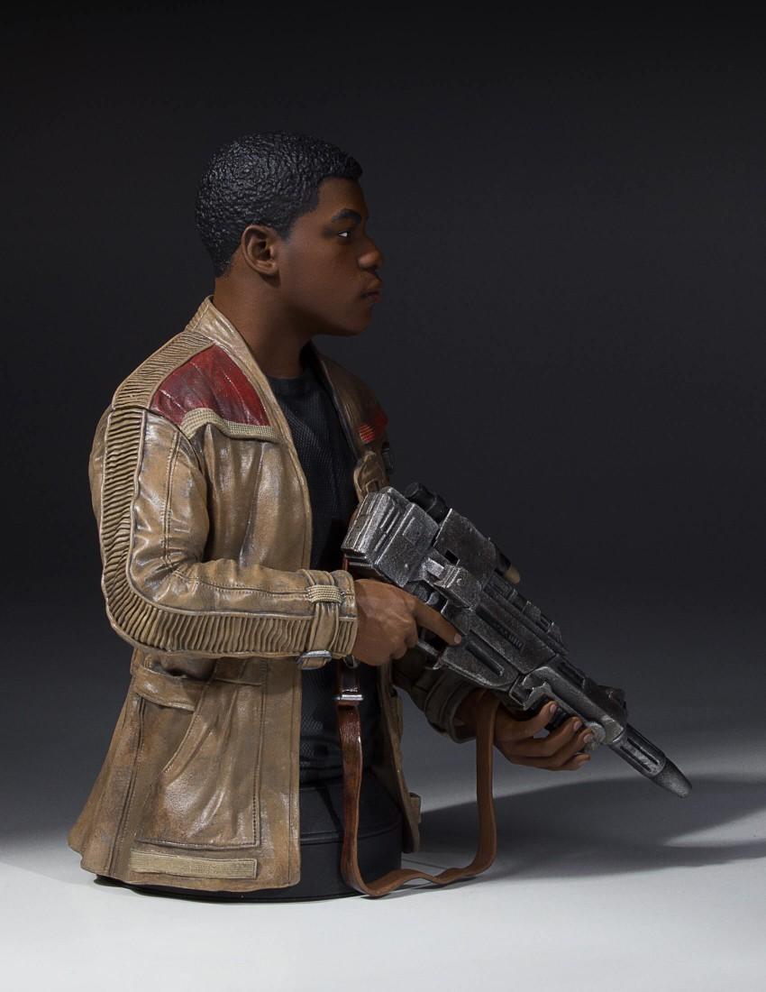 Star-Wars-Force-Awakens-Finn-Bust-2