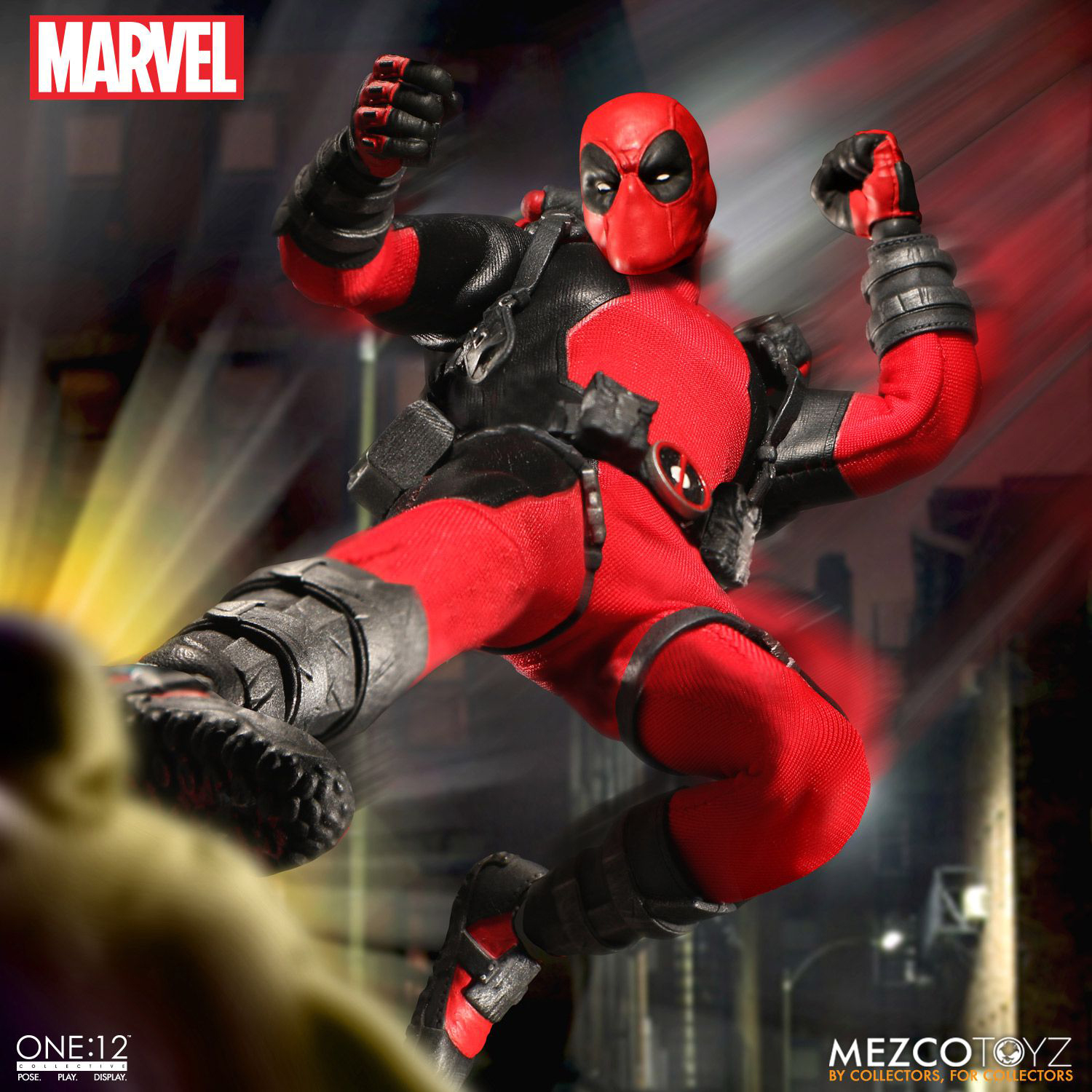 deadpool-mezco-one-12-collective-action-figure-4