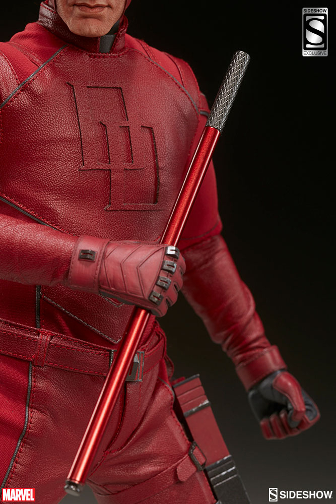sideshow-daredevil-sixth-scale-figure-9