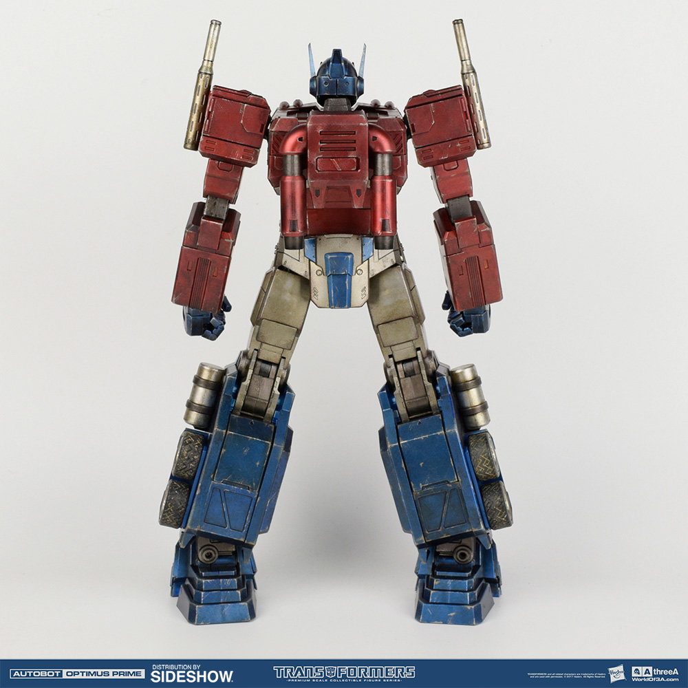 transformers-optimus-prime-classic-figure-3a-toys-10