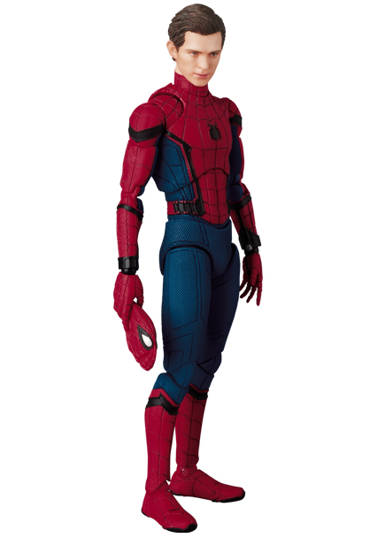 Spider-Man-Homecoming-MAFEX-Figure-Unmasked