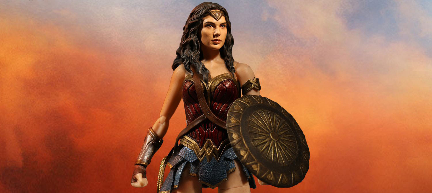 Mezco-One12-Collective-Wonder-Woman-Preview