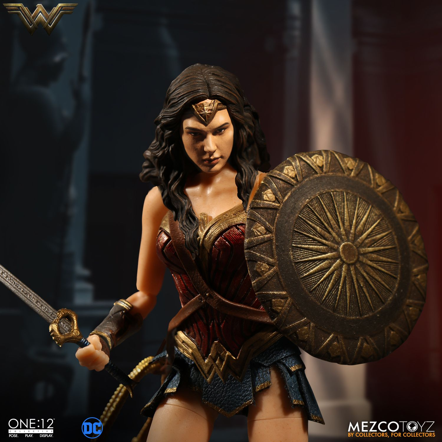 Wonder-Woman-One12-Mezco-003
