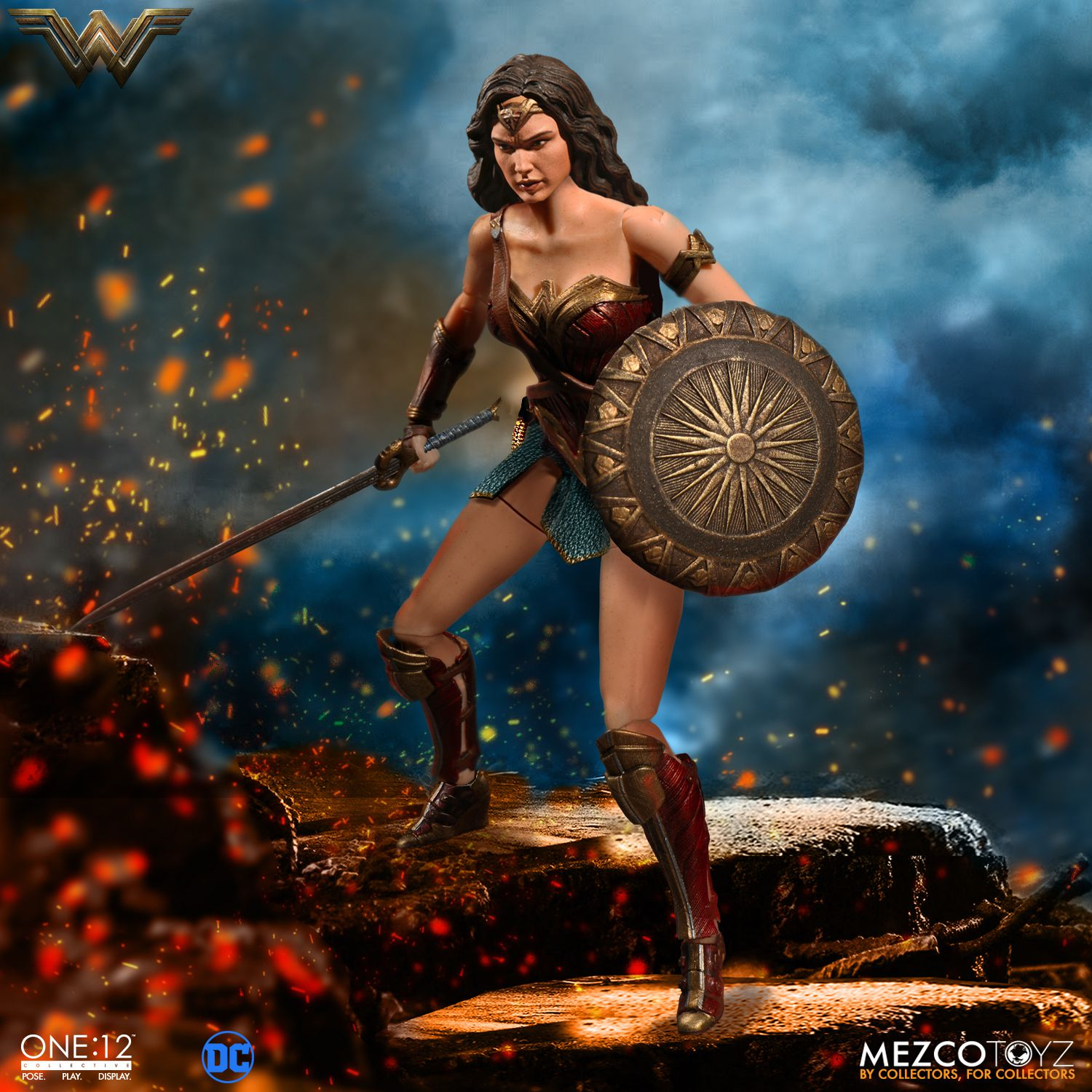 Wonder-Woman-One12-Mezco-004