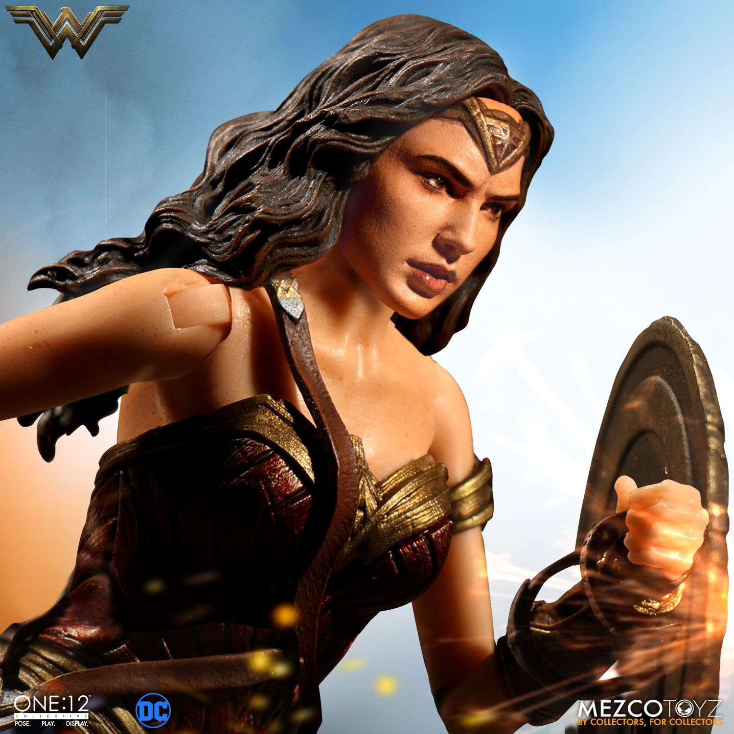 Wonder-Woman-One12-Mezco-005