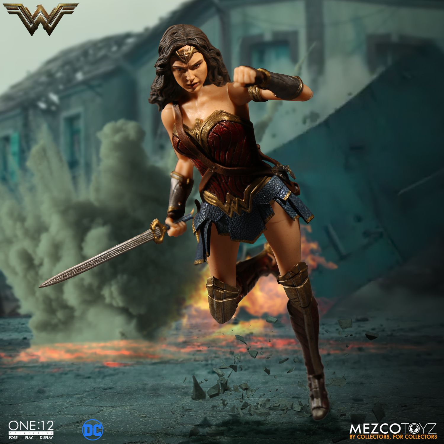 Wonder-Woman-One12-Mezco-006