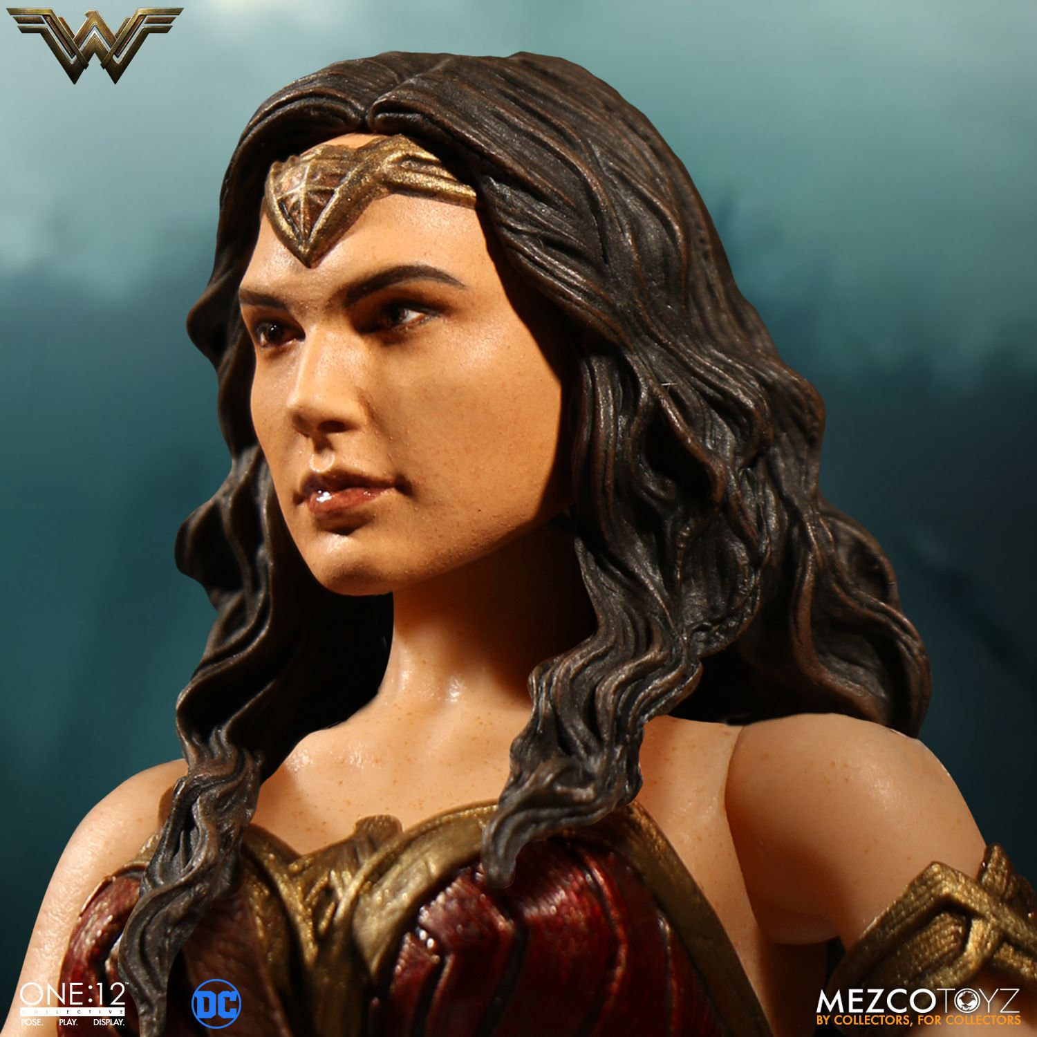 Wonder-Woman-One12-Mezco-007