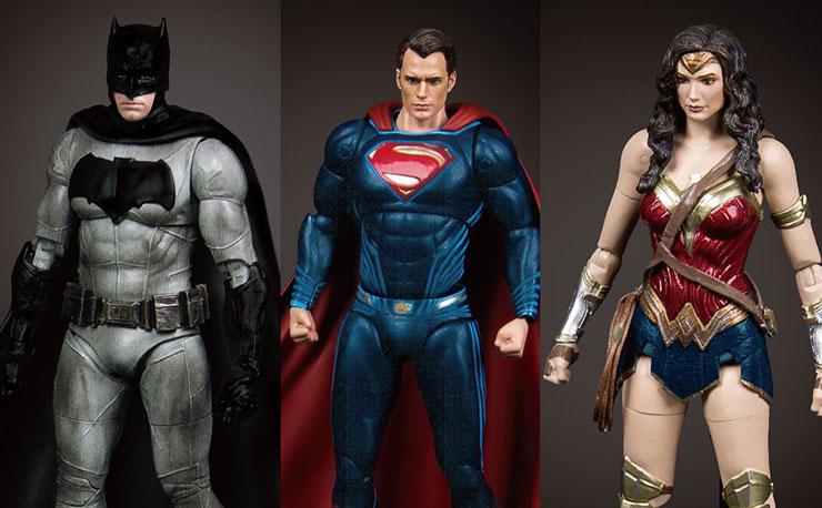 batman-vs-superman-action-figures-beast-kingdom