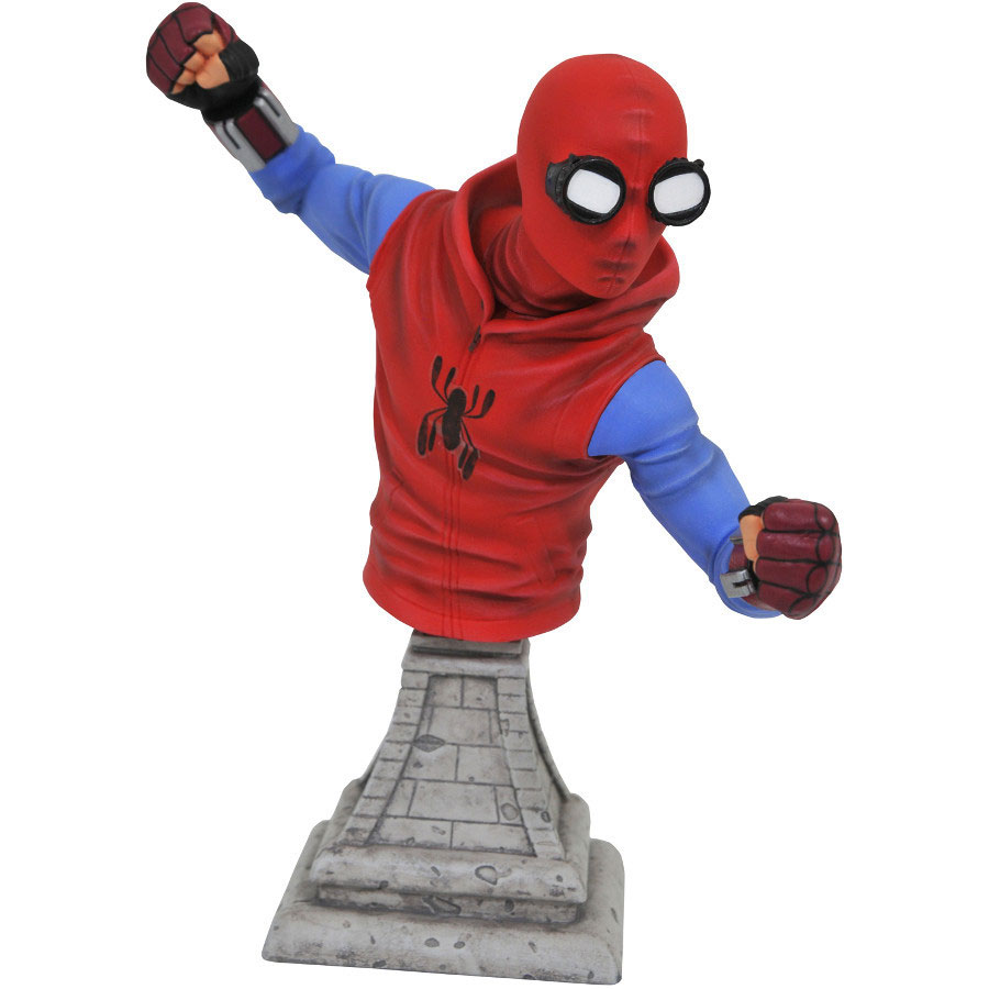 spider-man-homecoming-bust-homemade-suit-1