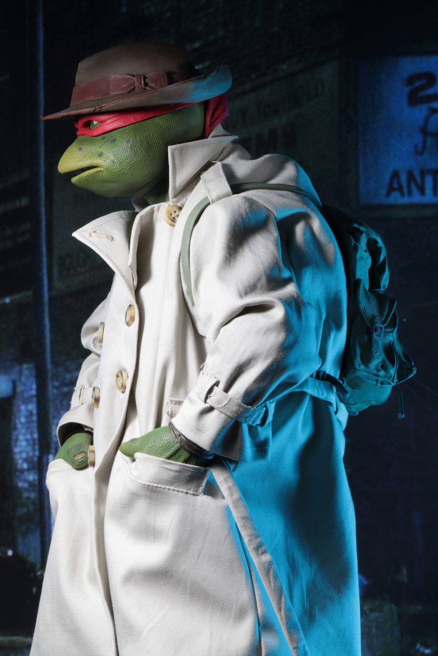 NECA-TMNT-Disguise-Raphael-005