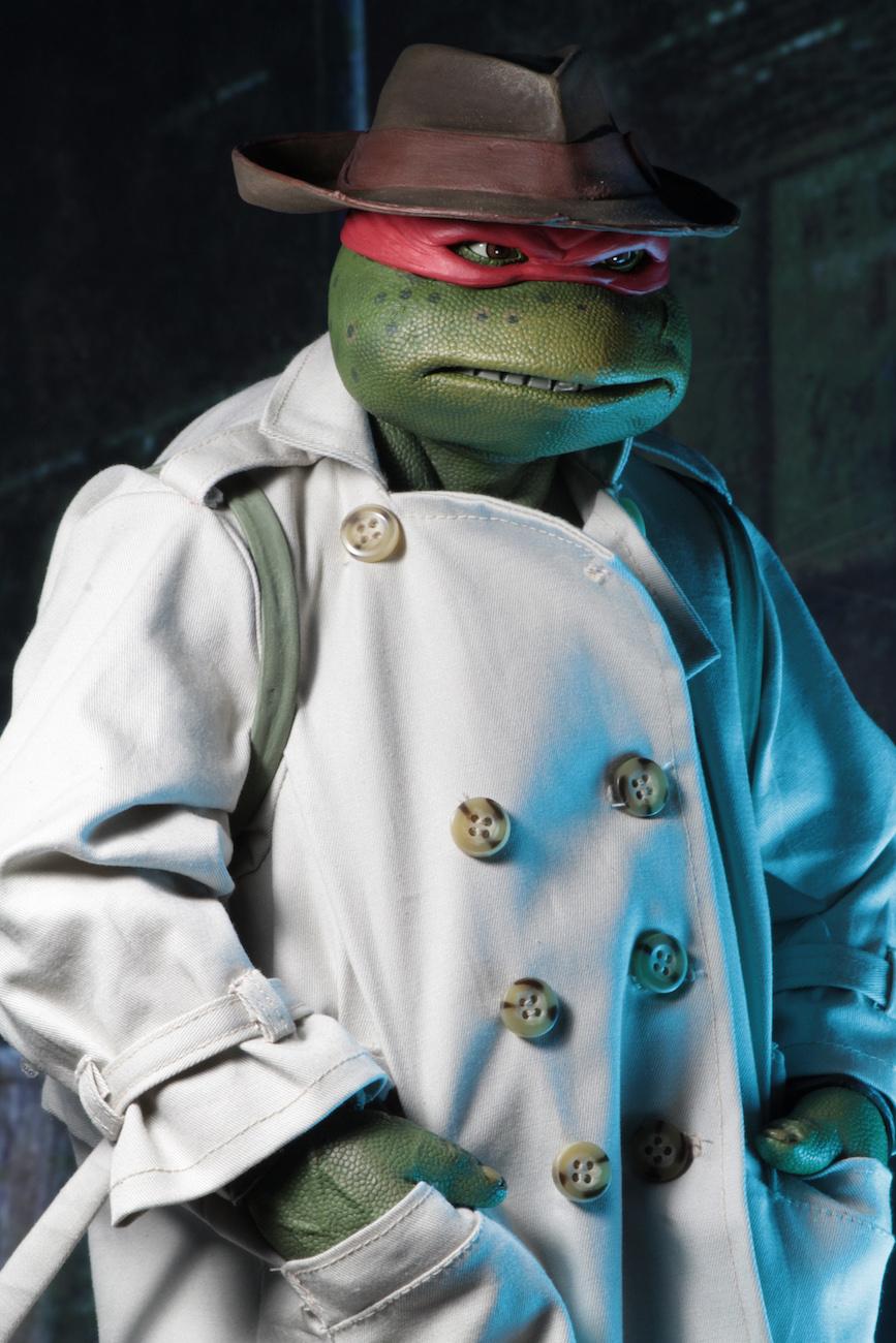 NECA-TMNT-Disguise-Raphael-007