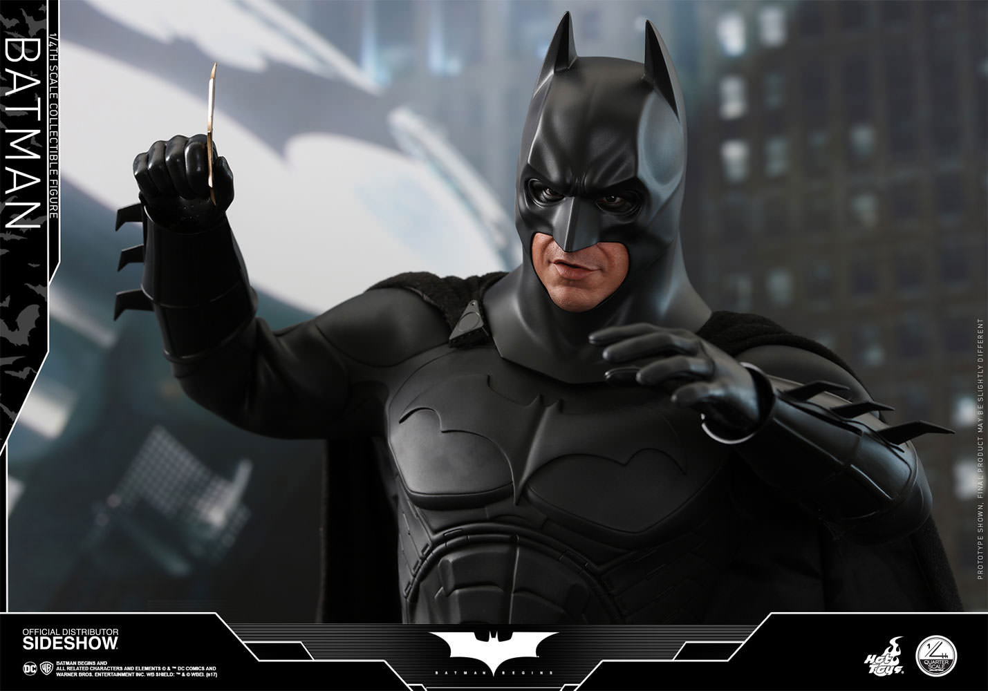 batman-begins-hot-toys-figure-2