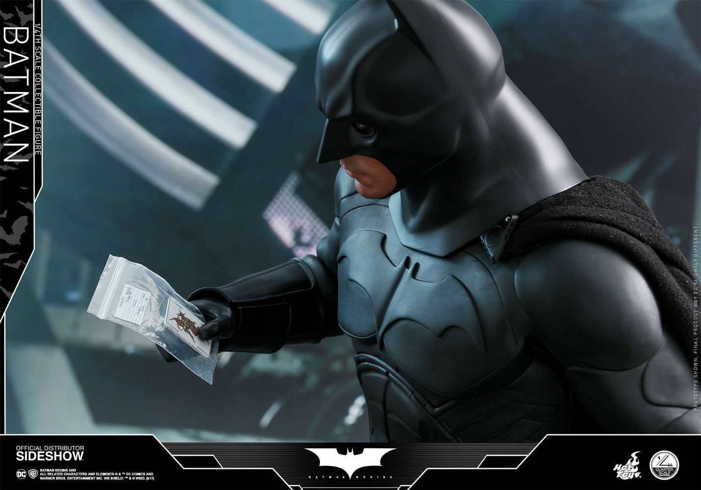 batman-begins-hot-toys-figure-4
