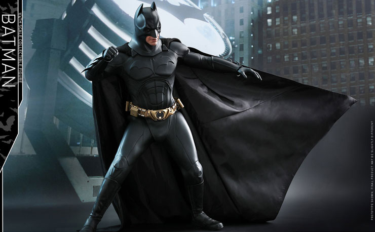 batman-begins-hot-toys-figure