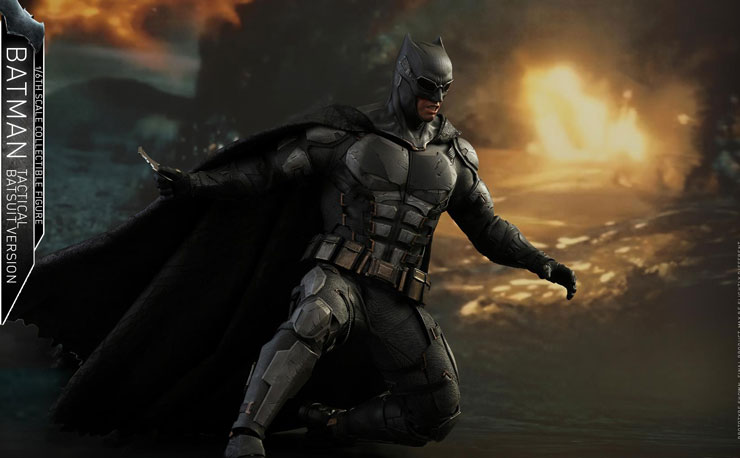 batman-justice-league-hot-toys-figure