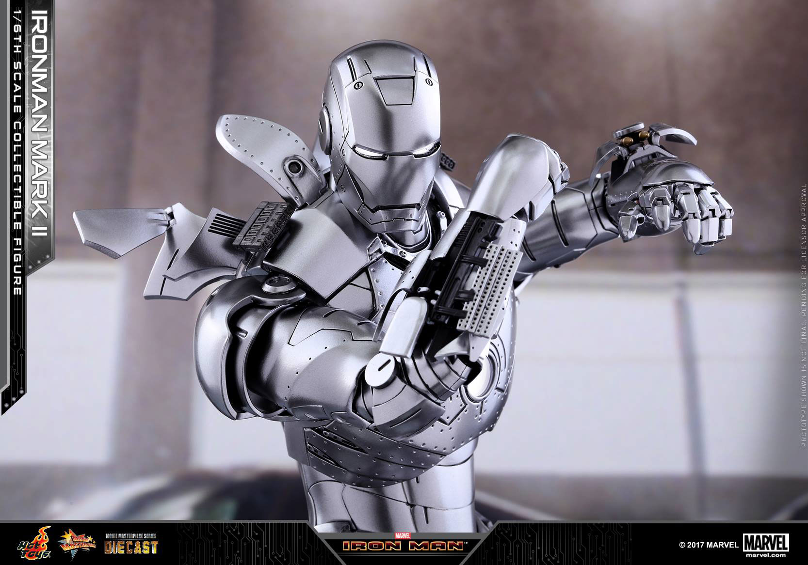 iron-man-mark-2-diecast-silver-hot-toys-figure-2