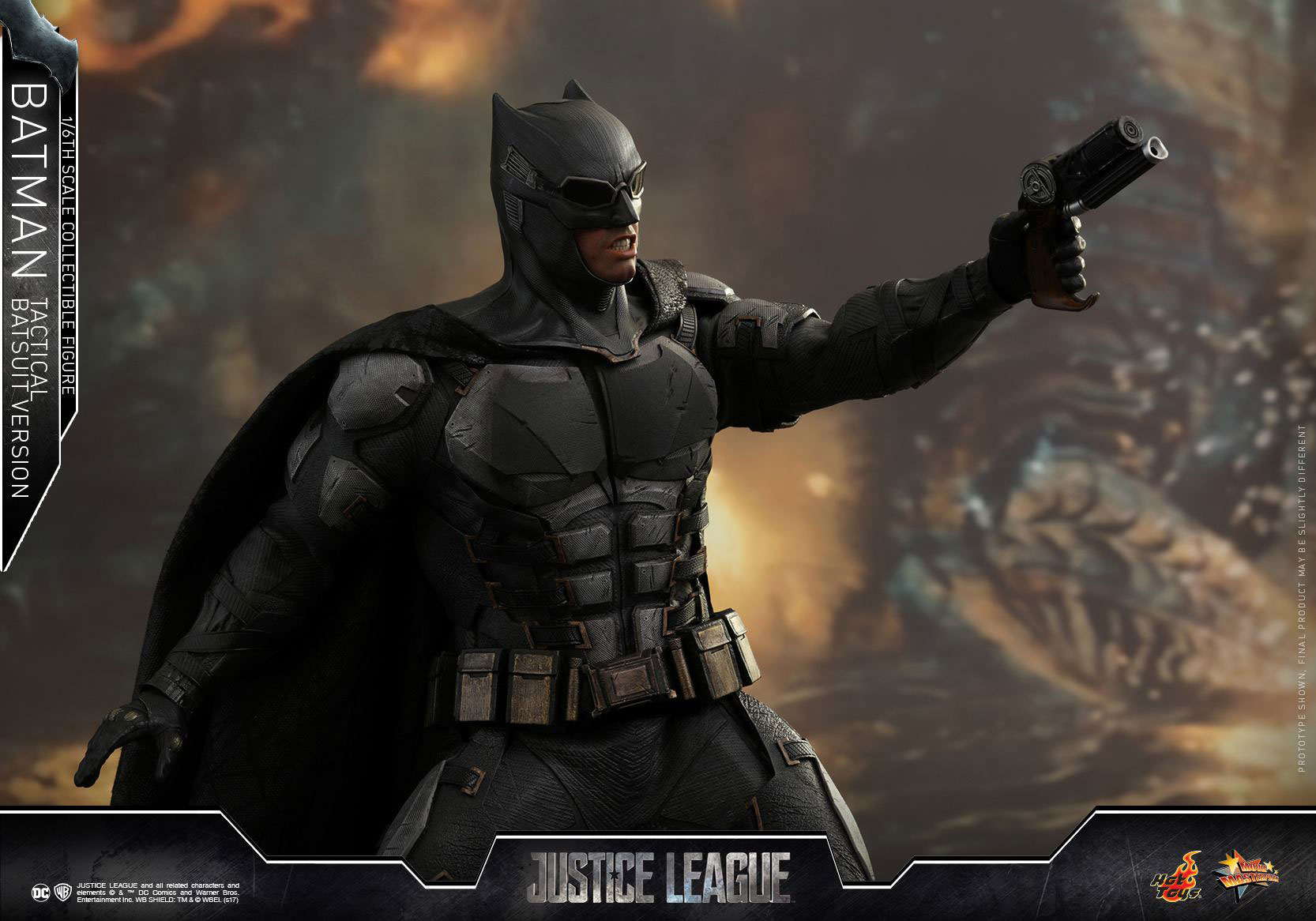 justice-league-batman-tactical-suit-hot-toys-figure-1