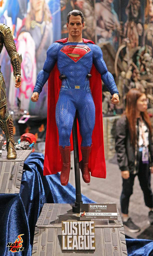 justice-league-movie-superman-hot-toys-figure-1