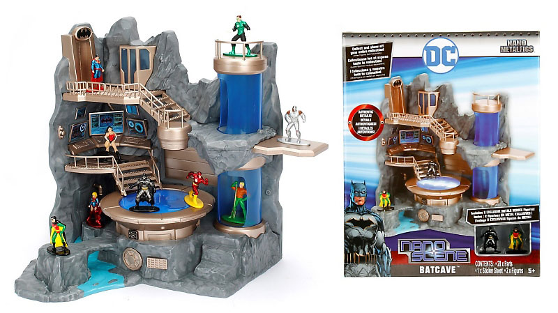 nano-metalfigs-batman-batcave-playset