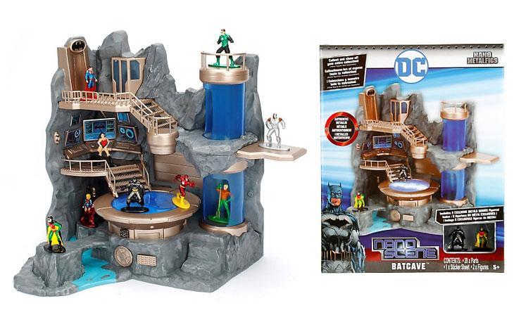 nano-metalfigs-batman-batcave