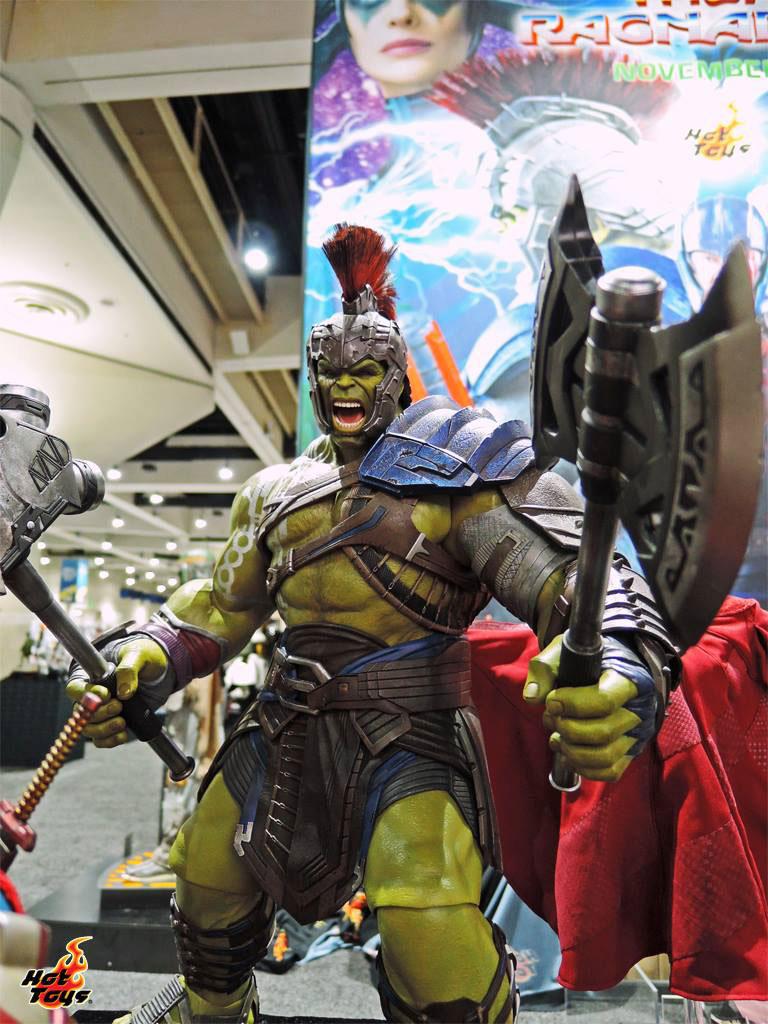 thor-ragnarok-hulk-figure-hot-toys