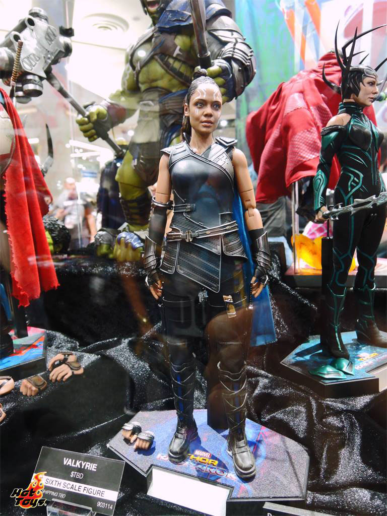 thor-ragnarok-sixth-scale-figures-hot-toys-3