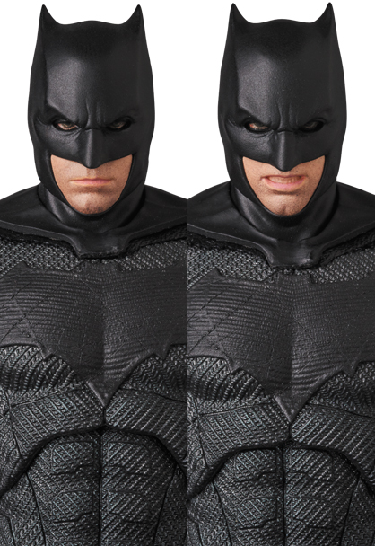 Justice-League-MAFEX-Batman-008