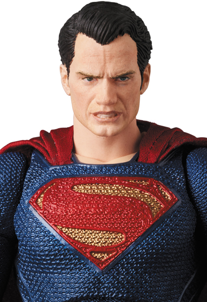 Justice-League-MAFEX-Superman-007
