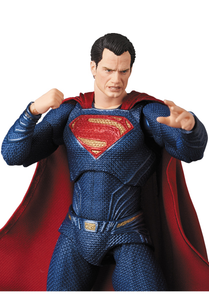 Justice-League-MAFEX-Superman-008