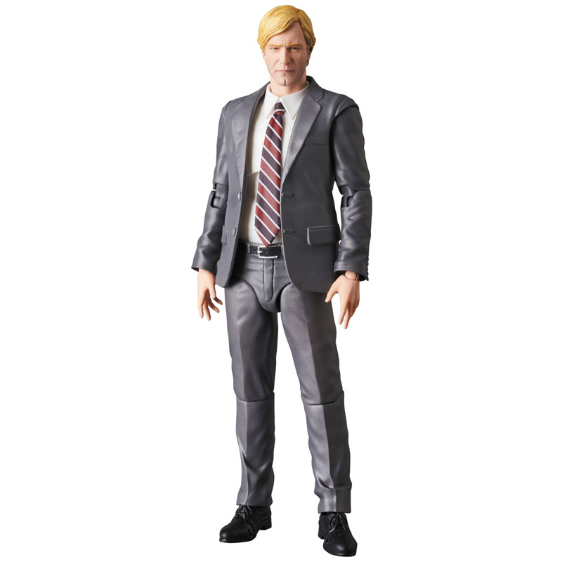 MAFEX-Harvey-Dent-003-1