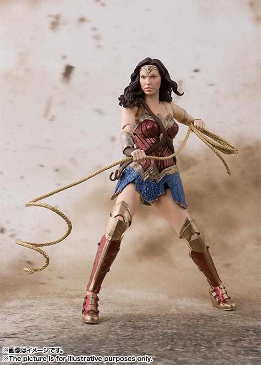 SH-Figuarts-JL-Wonder-Woman-003