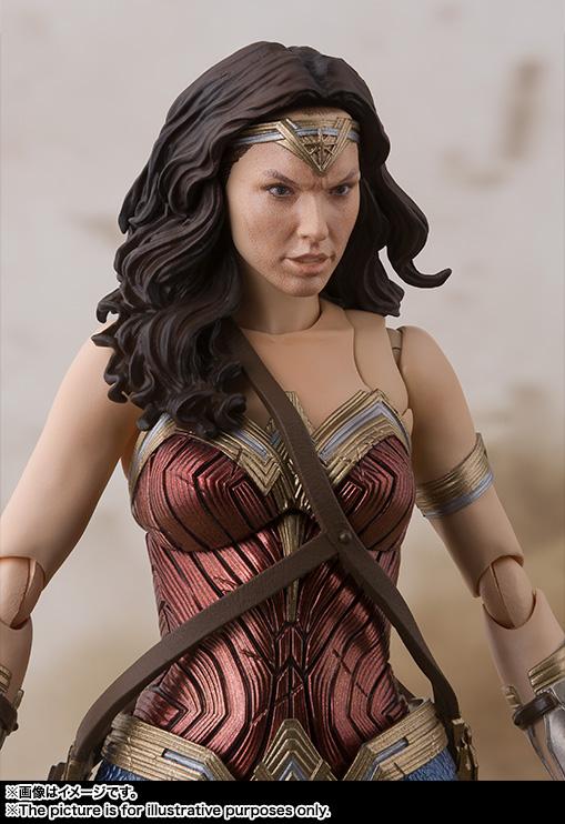 SH-Figuarts-JL-Wonder-Woman-005