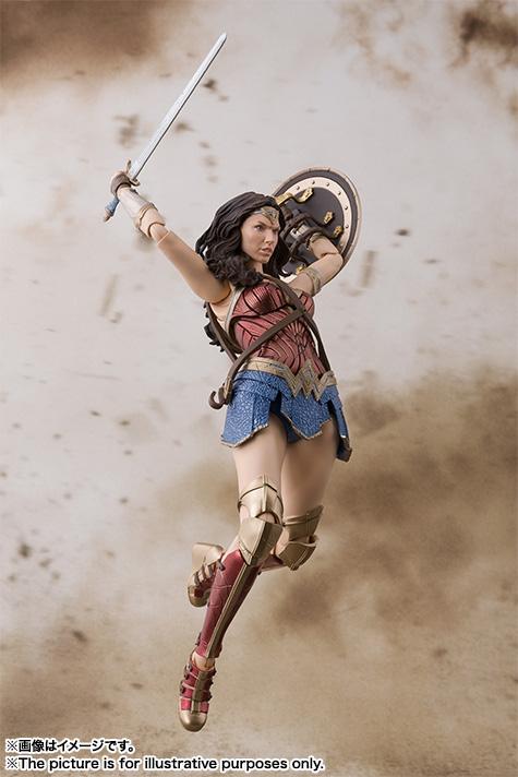 SH-Figuarts-JL-Wonder-Woman-006