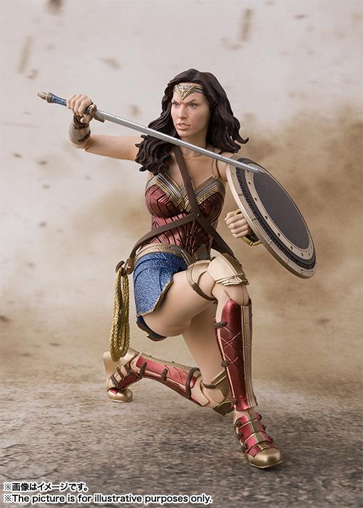 SH-Figuarts-JL-Wonder-Woman-008