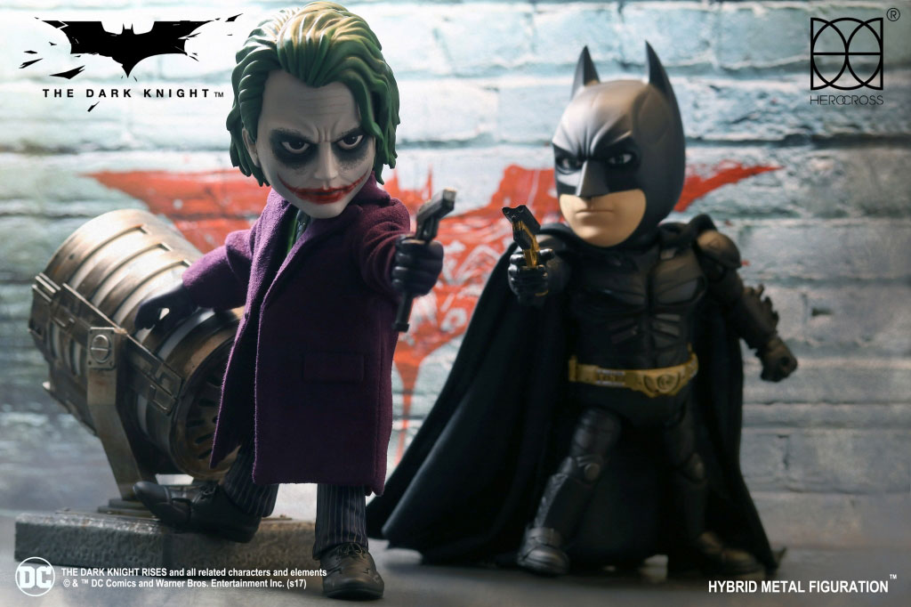 herocross-batman-joker-dark-knight-action-figures-1