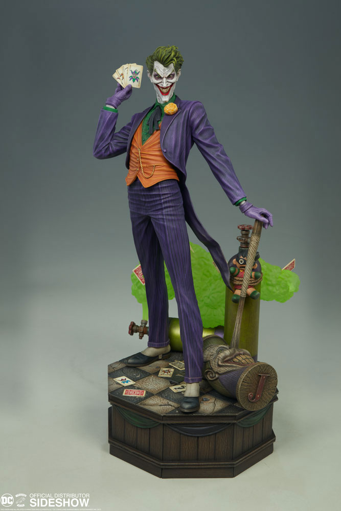 the-joker-maquette-by-tweeterhead-3