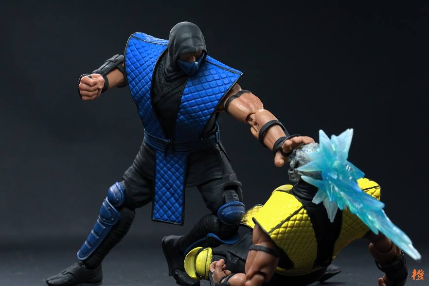 Storm-Collectibles-Mortal-Kombat-Scorpion-Sub-Zero-1