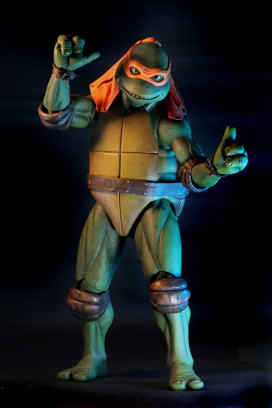 TMNT-1990-Michelangelo-by-NECA-005