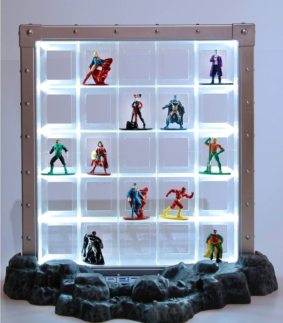 nano-metalfigs-collector-display-case-1
