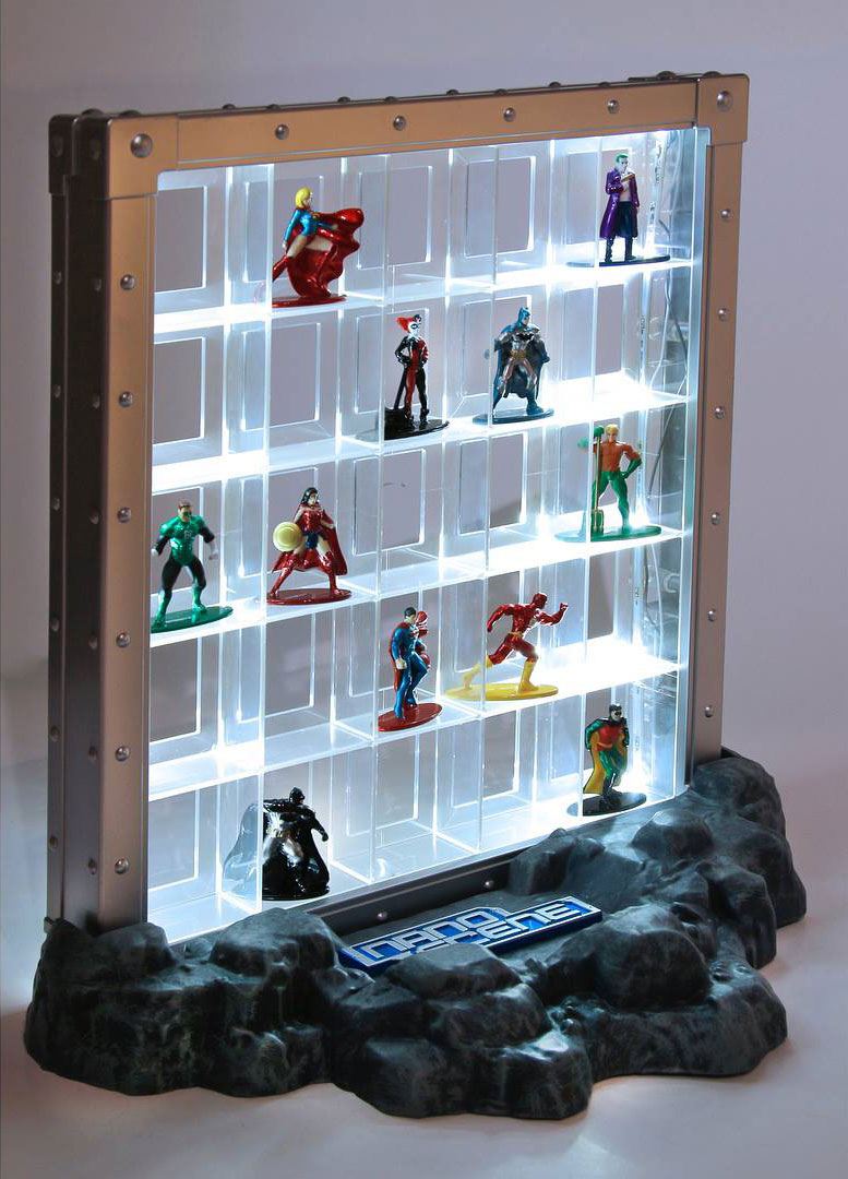 nano-metalfigs-collector-display-case-2