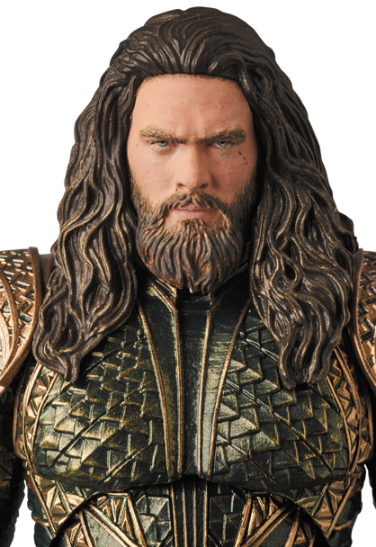 MAFEX-Justice-League-Aquaman-006