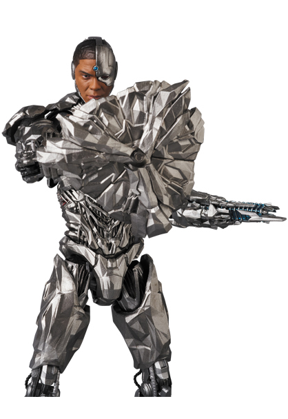 MAFEX-Justice-League-Cyborg-007
